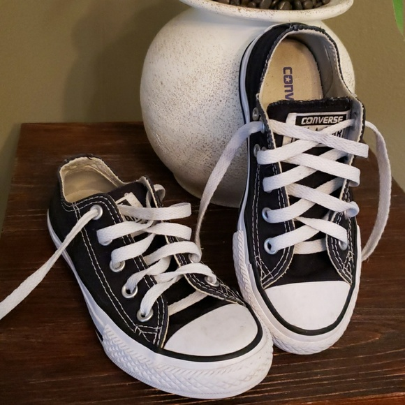 fe0580bd7632 Converse Shoes